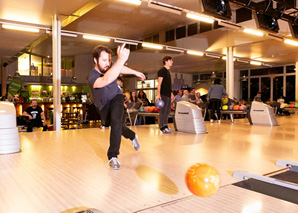 Bowling for Groups Biel