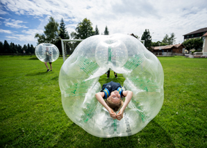 Bubble Soccer Football play in the team