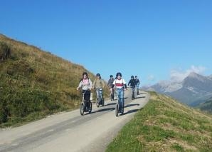 On foot and scooter in Adelboden