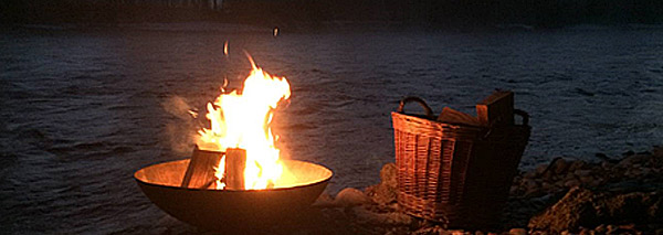 Fondue over the fire on the river Aare