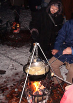Outdoors fondue or raclette
