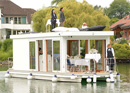 Celebrate on the houseboat