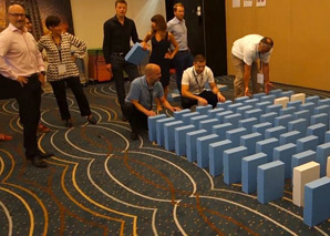 XXL Domino workshop for team building